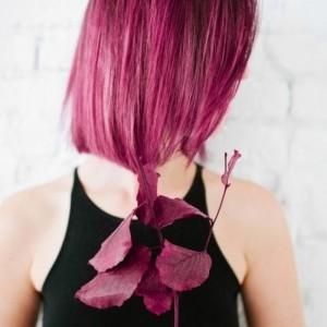 Les cheveux couleur framboise - 50 looks qui vous font oser la tendance