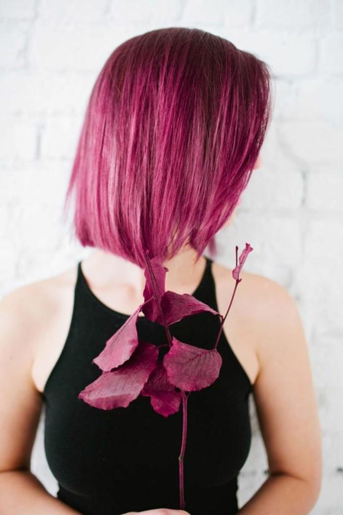 coloration-rouge-de-cerise-couleur-framboise-coupe-au-carré