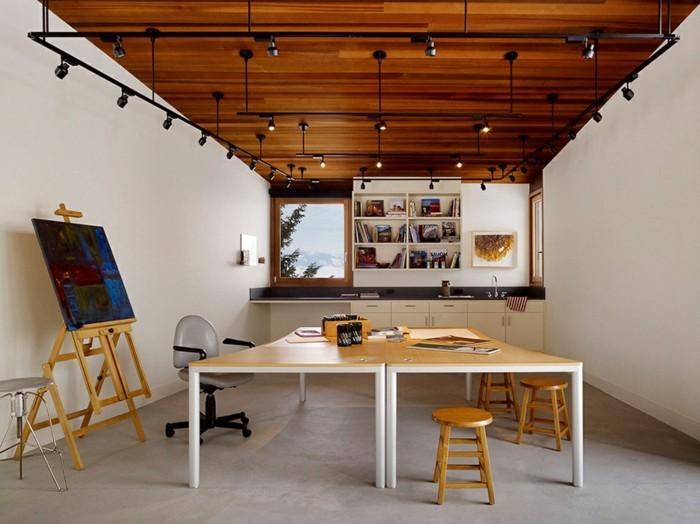 comment-amenage-son-garage-atelier-dun-artiste-peinture-petite-fenetre