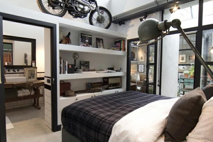 comment-amenage-son-garage-moto-chambre-masculine-en-blanc-avec-des-ornements-noirs