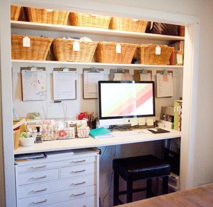 comment-aménager-petite-chambre-bureau-dans-un-placard