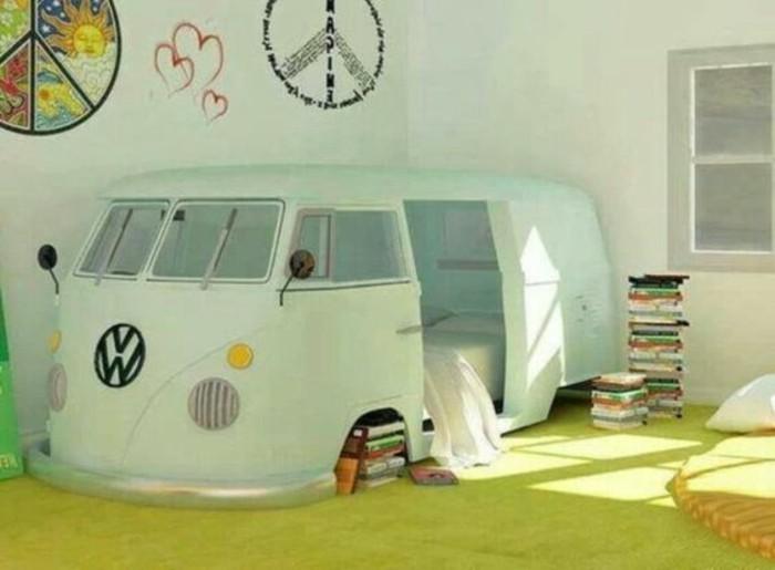 comment-aménager-une-petite-chambre-enfant-avec-un-espace-lit-bus