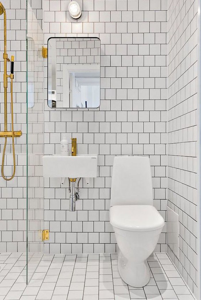 Deco petite salle de bain pas cher for Salle de bain carree 4m2