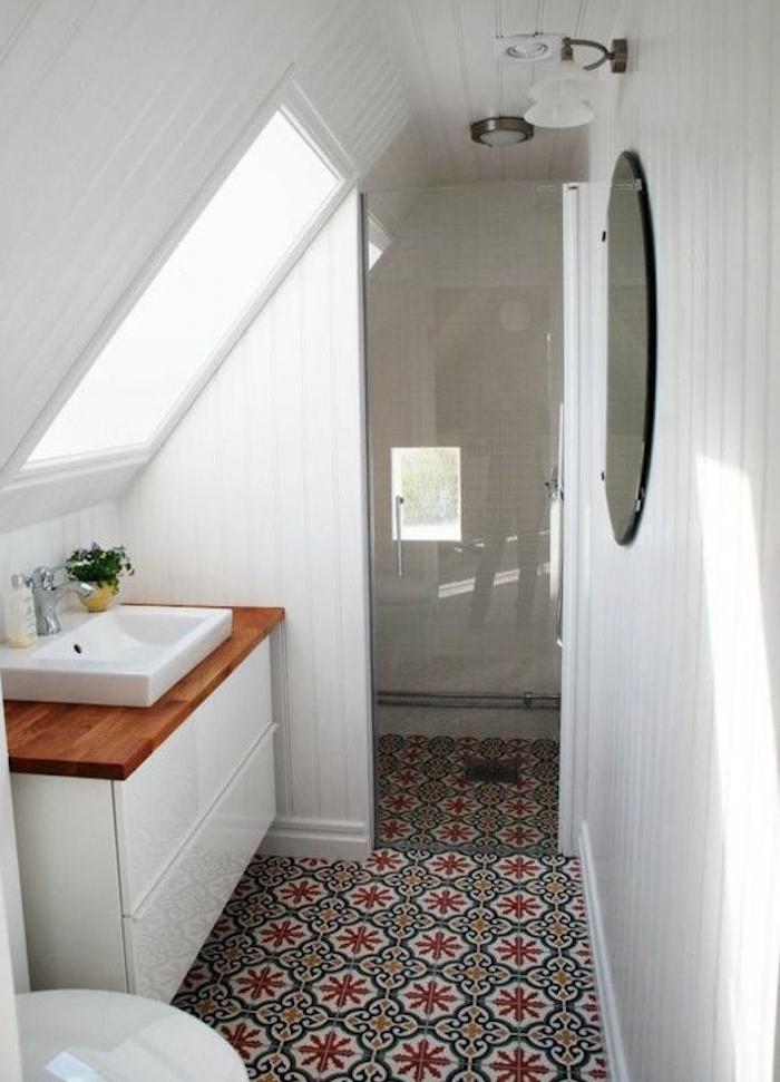 comment aménager une petite salle de bain sous pente 5m2 idee renovation sdb mini