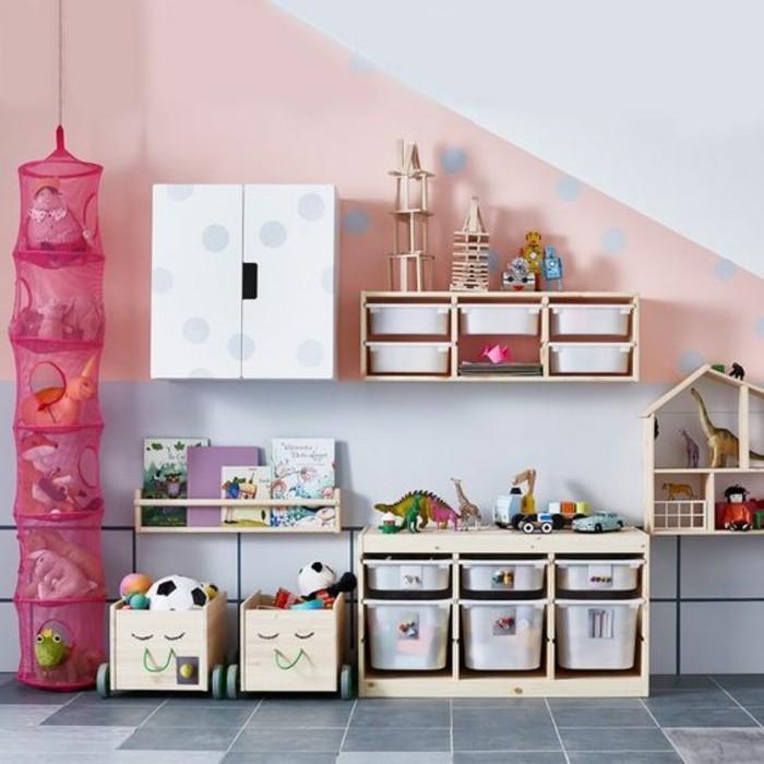 comment-amenager-petite-chambre-des-etageres-a-couleurs