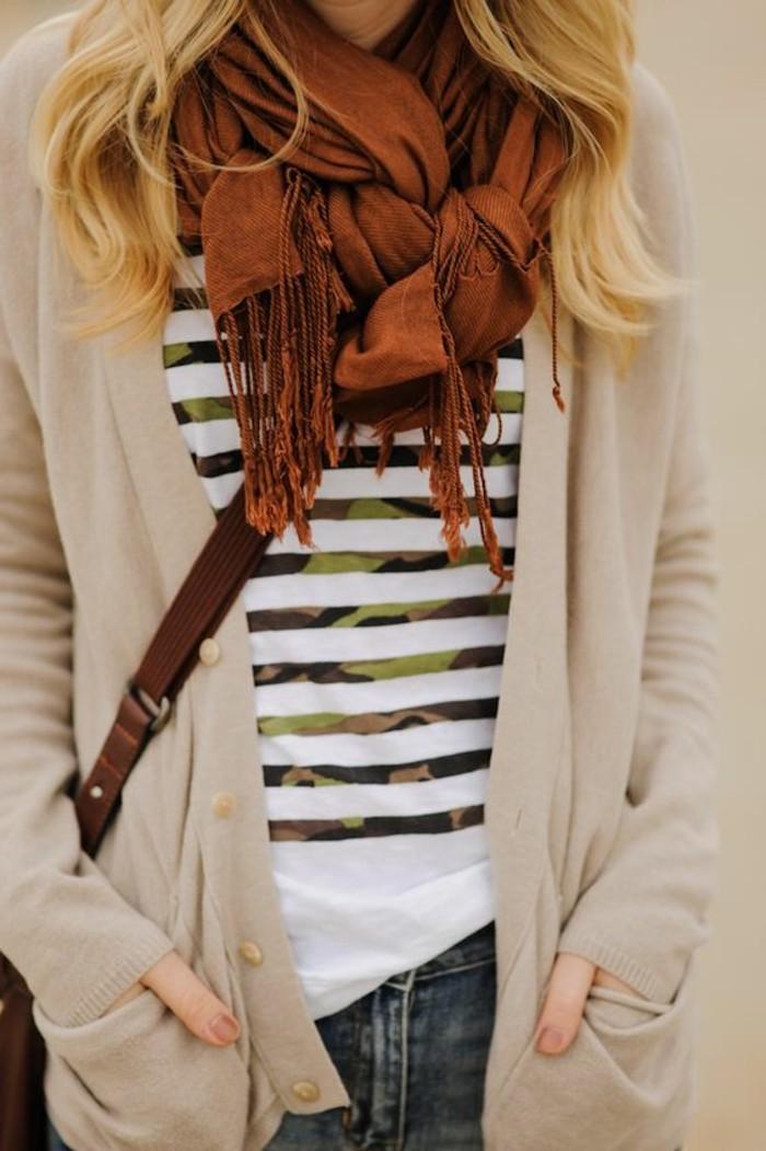 comment-nouer-un-foulard-noeud-original-pour-porter-son-foulard