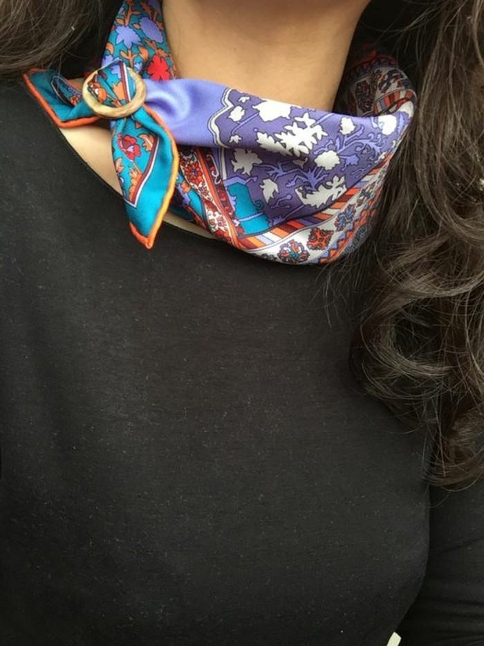 comment-nouer-un-foulard-une-facon-stylee-de-porter-son-echarpe