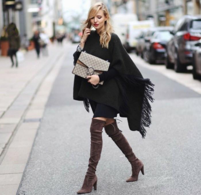 comment-porter-le-poncho-élégance-et-style-féminin-modèle-impressionnant