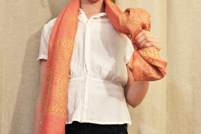 comment-porter-un-foulard-facons-originales-de-porter-une-echarpe