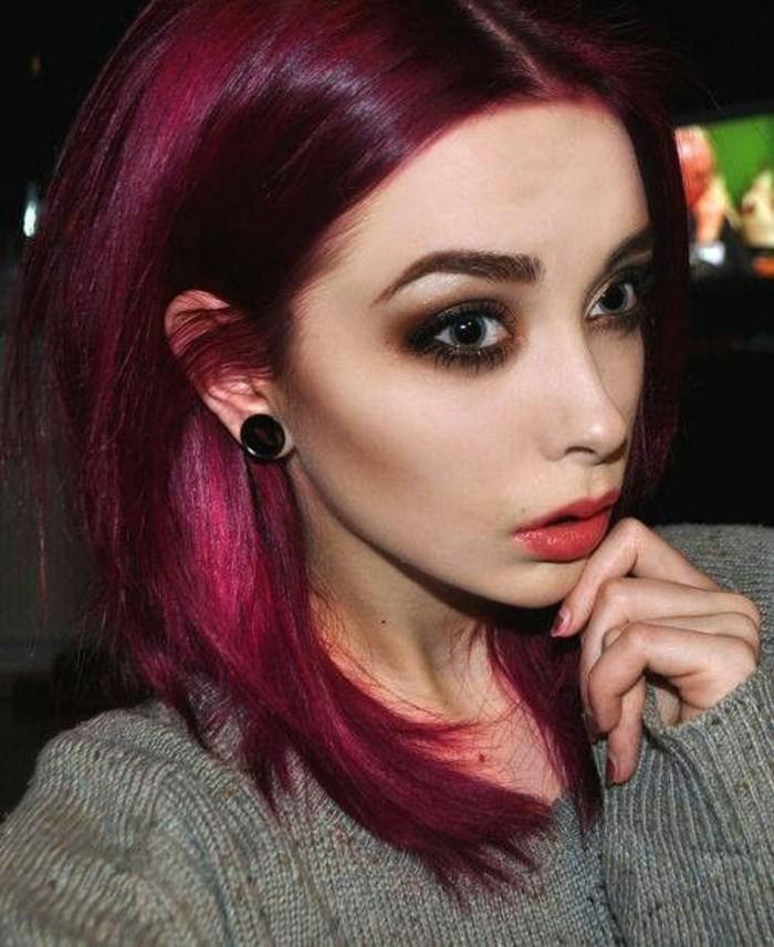 coupe au carr cheveux couleur framboise style grunge - Coloration Rouge Cerise