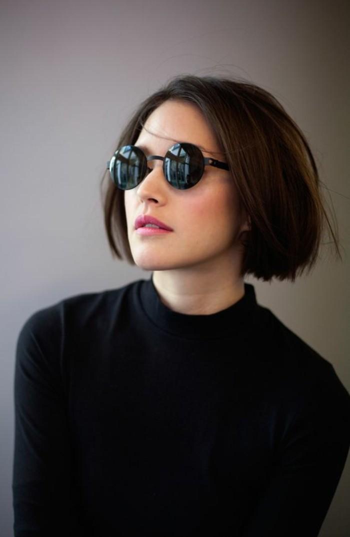 coupe-au-carré-classique-lunettes-modèle-de-coupe-courte