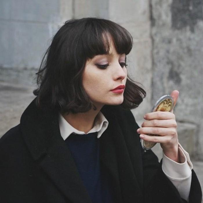 coupe-de-cheveux-courte-rétro-coupe-au-carré-française