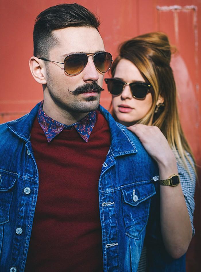 couple hipster fille homme moustache tailler sa barbe entretenir cire moustcahes coupe pompadour vintage