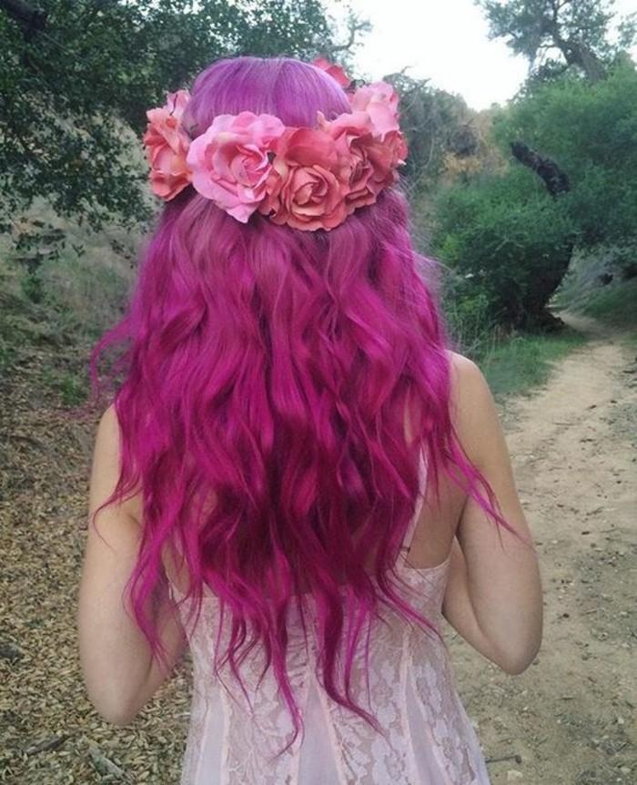 couronne-de-fleurs-des-cheveux-longs