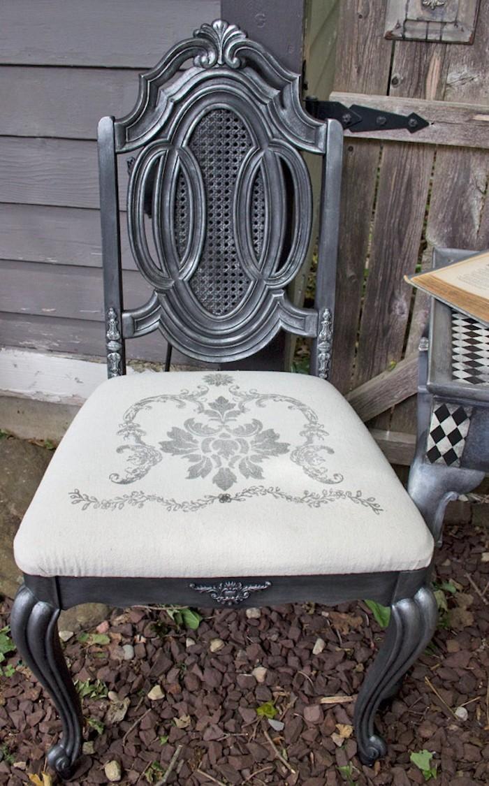coussin de chaise en metal vintage impression tissu housse siege