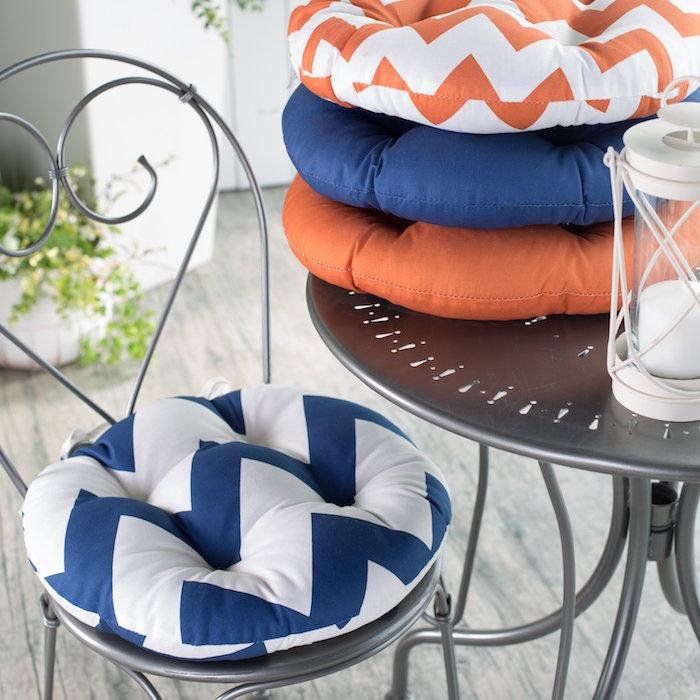 1001 id es et inspirations de motifs pour coussin de chaise - Coussins ronds pour chaises ...