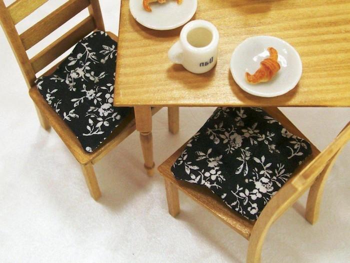 coussin de chaises noir blanc idee deco couture assise