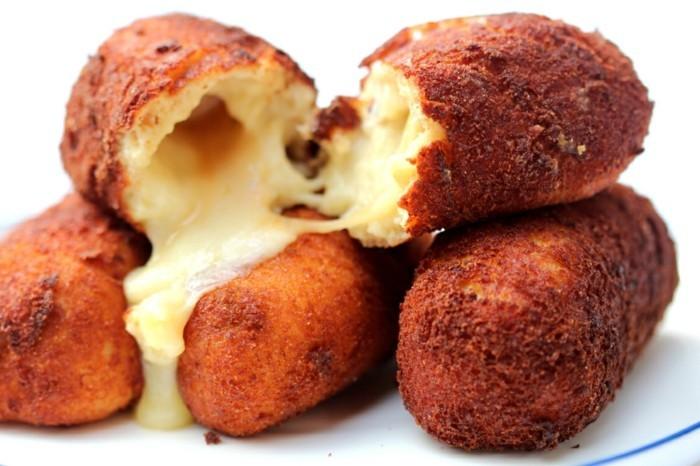 croquette-de-pomme-de-terre-au-fromage-dorée-gruyère-suisse