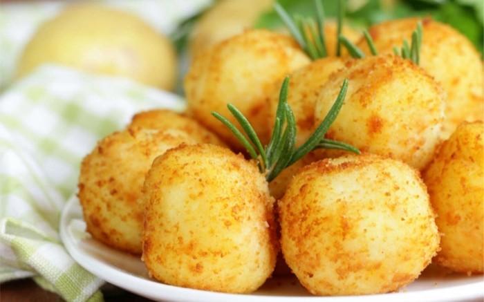croquette-de-pomme-de-terre-au-fromage-plat-facile-à-préparer
