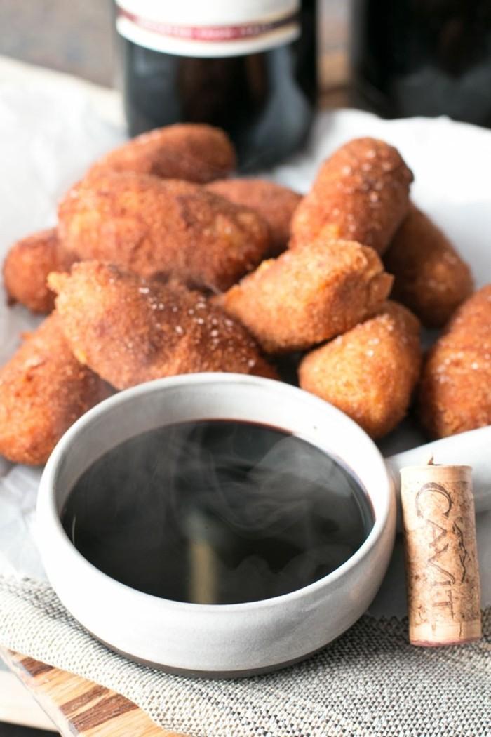 croquettes-de-pomme-de-terre-avec-chorizo-croquettes-vin-rouge
