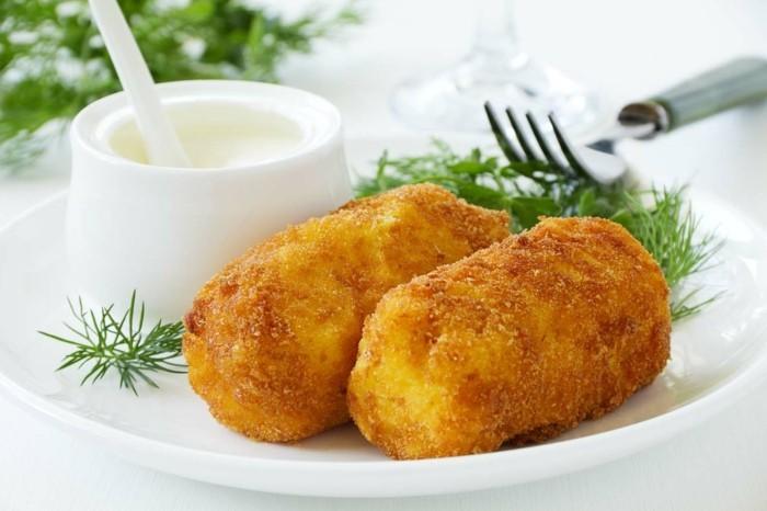 croquettes-de-pomme-de-terre-avec-du-fromage-et-fenouil