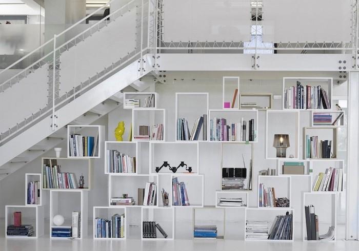 cube-mural-bois-conforama-etagere-meuble-en-escalier-etageres-escaliers-bibliotheque-rangement-cube