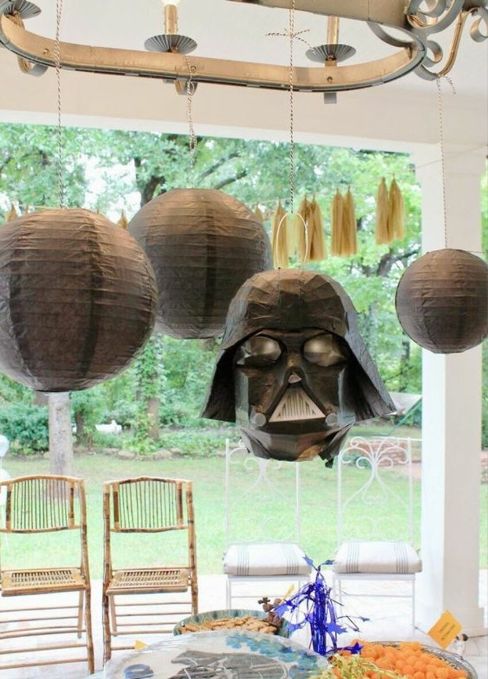 décoration-anniversaire-star-wars-pinata-star-wars