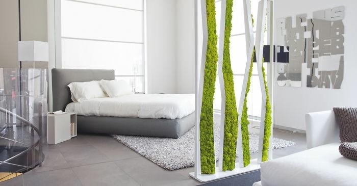 decoration-murale-dans-un-interieur-blanc-deco-verte