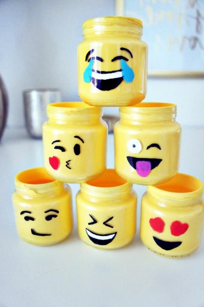 décoration-pot-de-confiture-emoticons-smileys-bocaux-peints-en-jaune