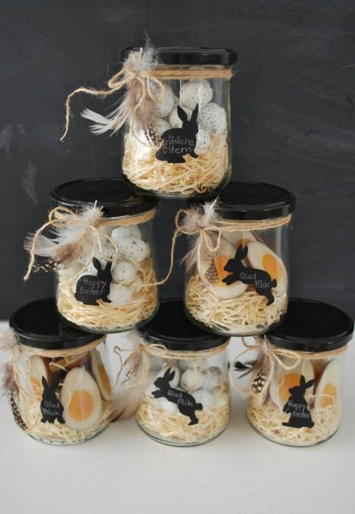 décoration-pot-de-confiture-pour-les-paques-dessins-lapins-oeufs-ficelle