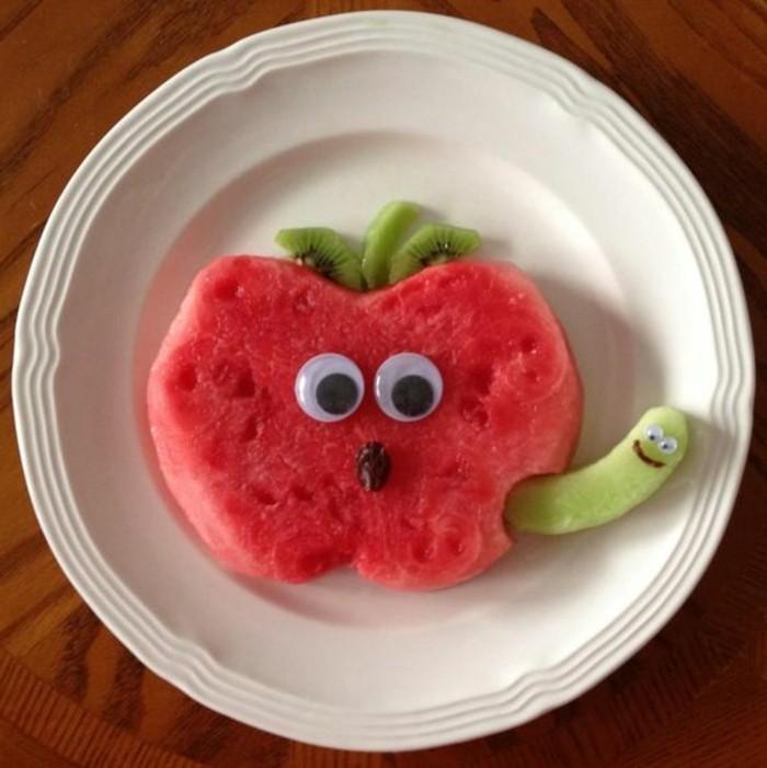 deco-fruit-art-avec-des-fruits-et-des-légumes-pomme-de-melon-d'eau