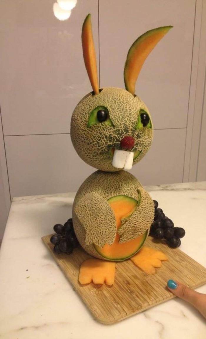 deco-fruit-lapin-de-meolns-faire-des-sculptures-en-melons