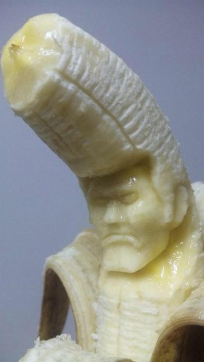 deco-fruit-sculpture-sur-banane-visage-d'homme