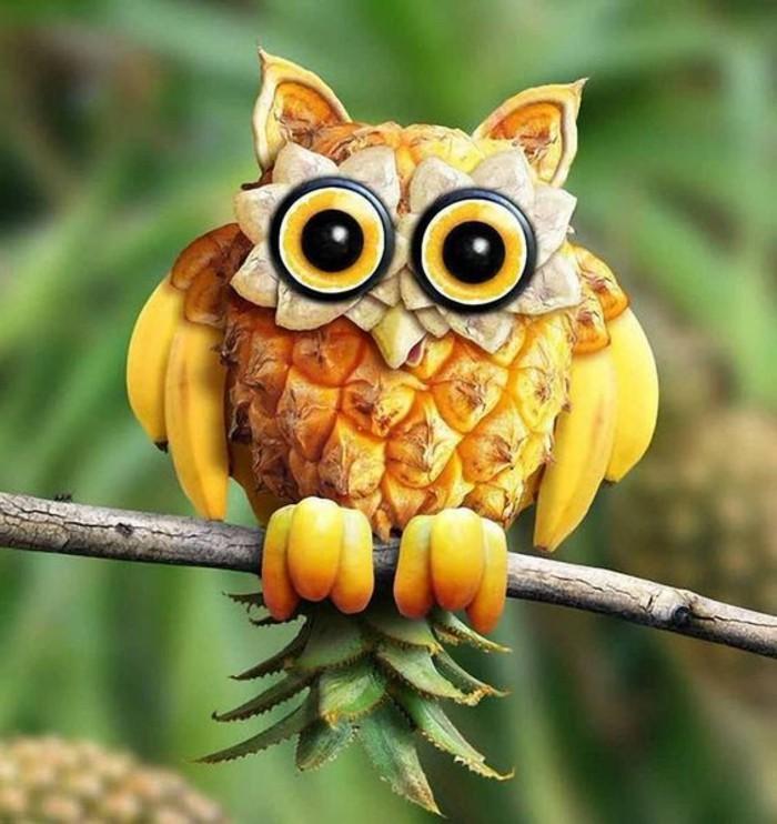 deco-fruit-un-hibou-en-banane-et-ananas-sculpter-des-fruits