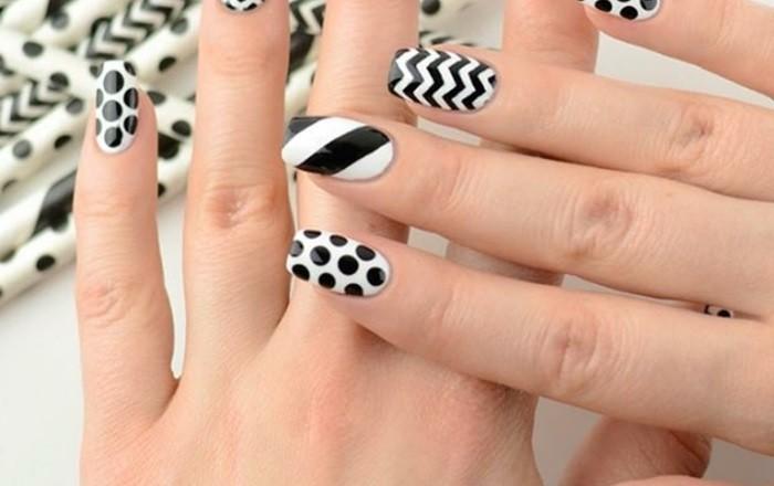 deco-ongle-manucure-blanche-a-decoration-noire-points-et-lignes-inspiration-geometrie