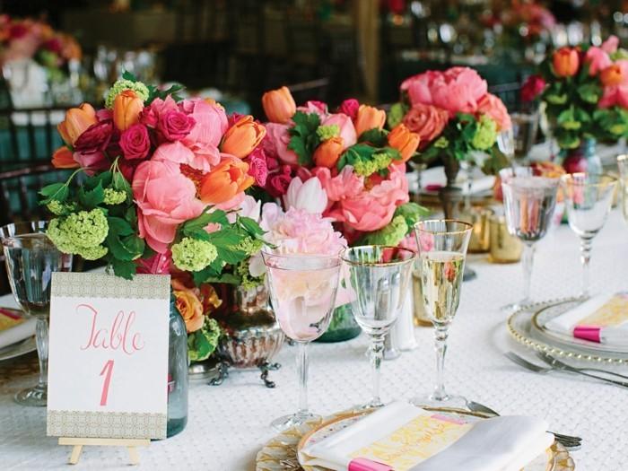 decoration-de-table-pour-mariage-idee-decoration-mariage-belles-couleurs