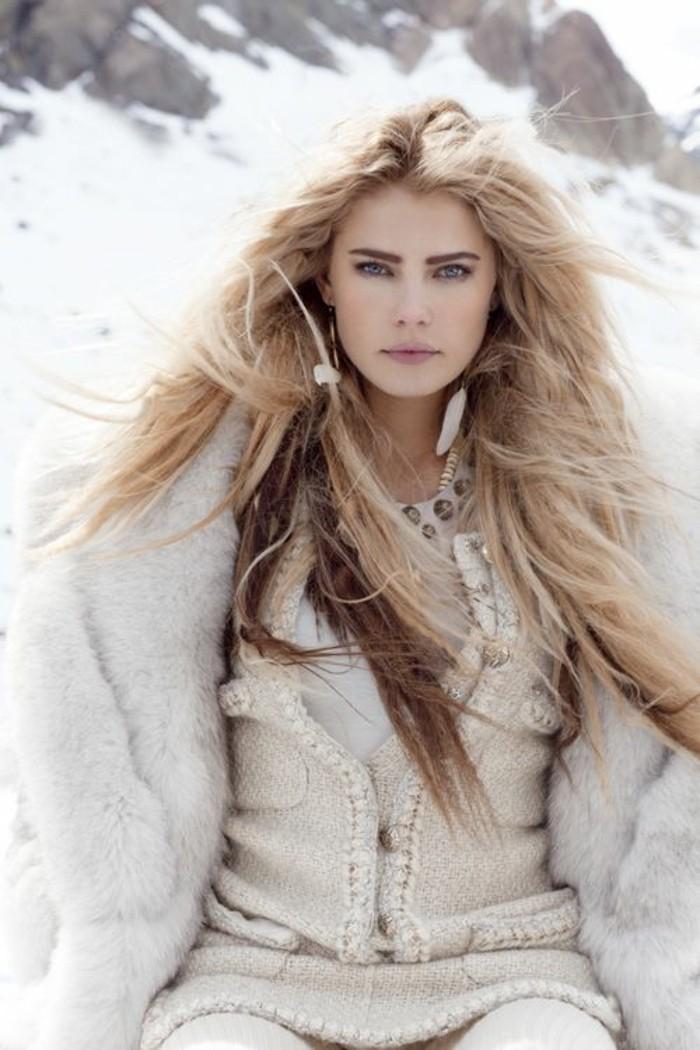 des-cheveux-blond-polaire-nouvelle-tendance-dans-les-couleus-de-cheveux