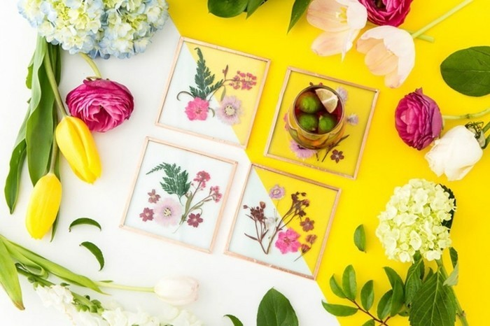 des-sous-verres-artistiques-de-fleurs-séchés-herbier-cadeau-a-fabriquer-pour-sa-meilleure-amie