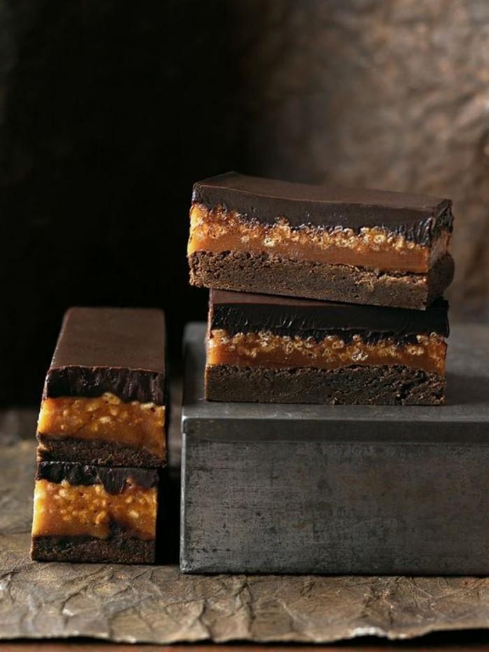 dessert-au-caramel-tartes-au-chocolat-noir