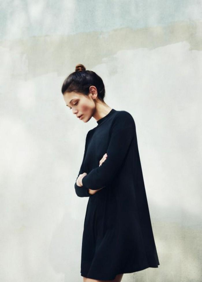 etre-bien-habillé-femme-s-habiller-classe-femme-tout-noire-robe-grande