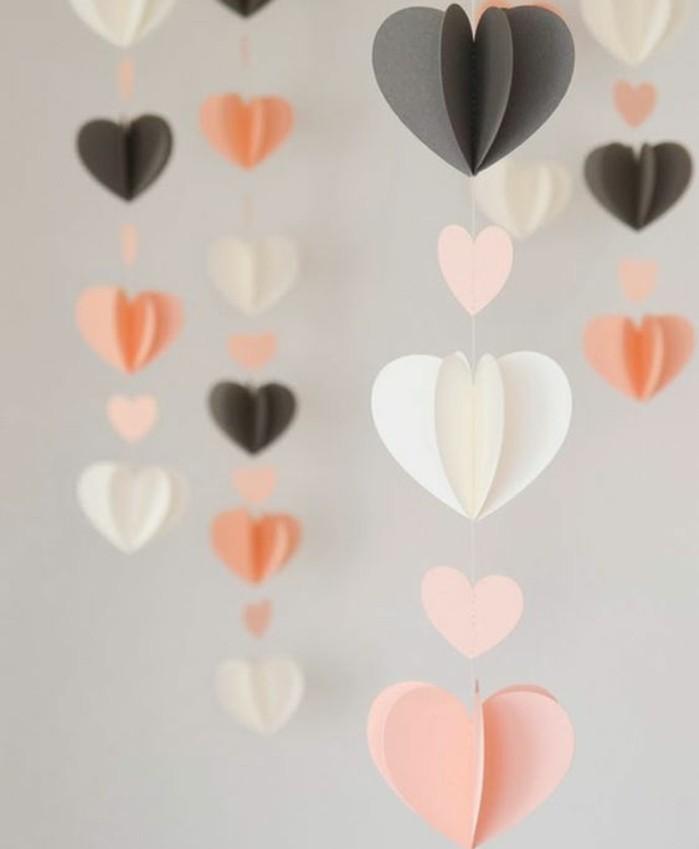 ... motifs en forme de coeurs tridimensionnels, decoration Saint-Valentin