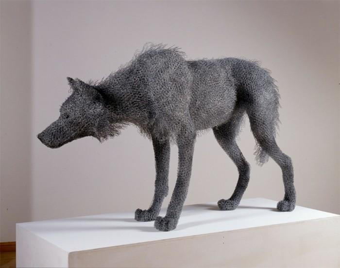 fabrication-fil-de-fer-kendra-haste-inspiration-animal-loup