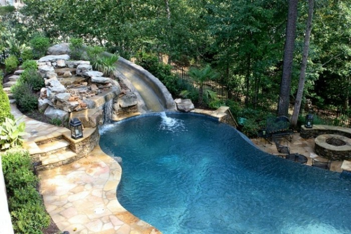 1001 mod les spectaculaires de piscine avec cascade for Piscine dans le jardin