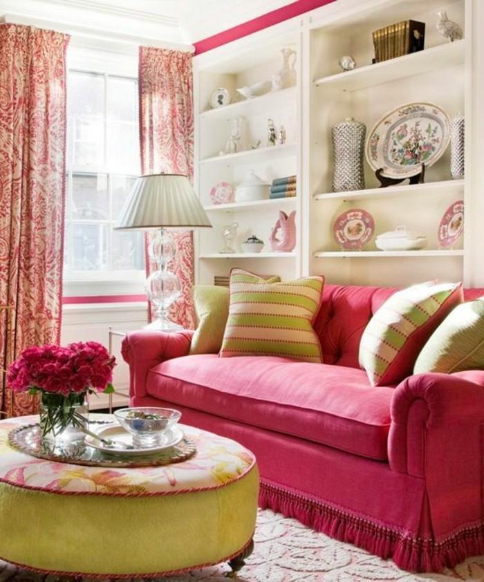 framboise-couleur-table-ronde-verte-salon-en-couleurs-fraîches
