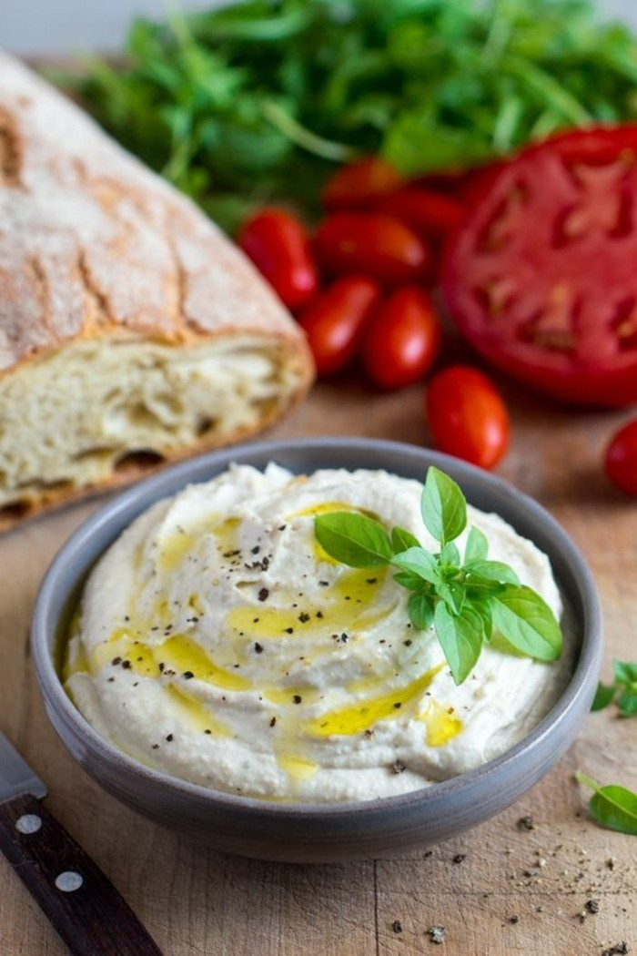 fromage-végan-fromage-préparé-à-la-base-de-produits-vegans