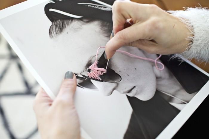 idée-cadeau-pour-sa-meilleure-amie-a-faire-soi-meme-photo-personnalisée-avec-de-la-laine-à-coudre