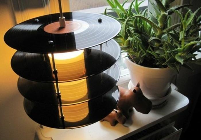 idée-récup-avec-disques-vinyles-déco-récup-insolite