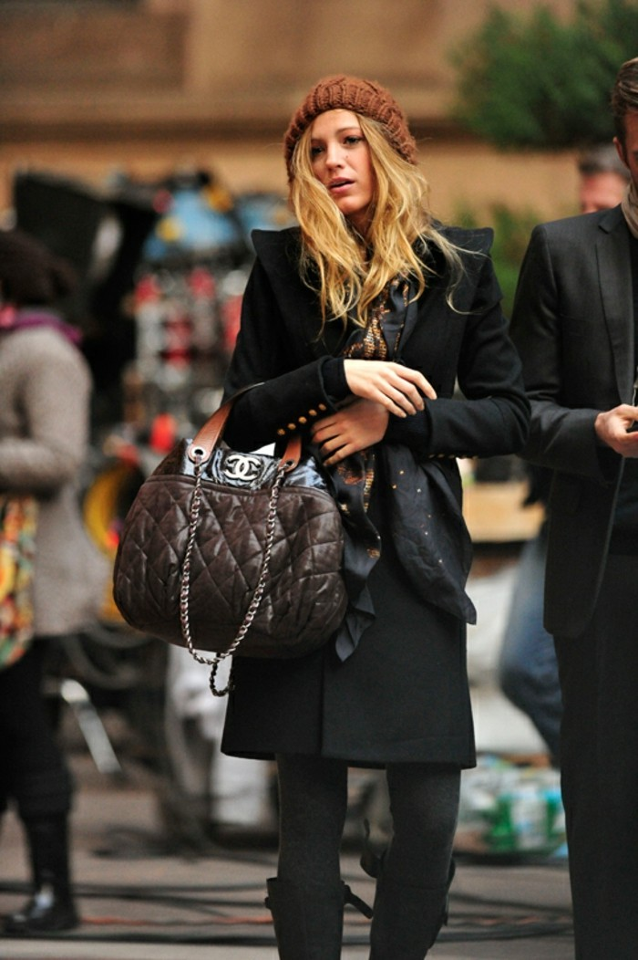 idées-mode-tenue-d-hiver-jolie-idée-hiver-actuel-robes-d-hiver-femme-la-mode-de-cet-hiver