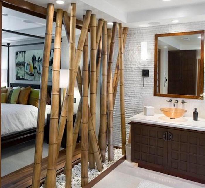 idee-separation-pieces-chambre-salle-de-bain-bambous-bamboos-pour-separer-pieces-design-original