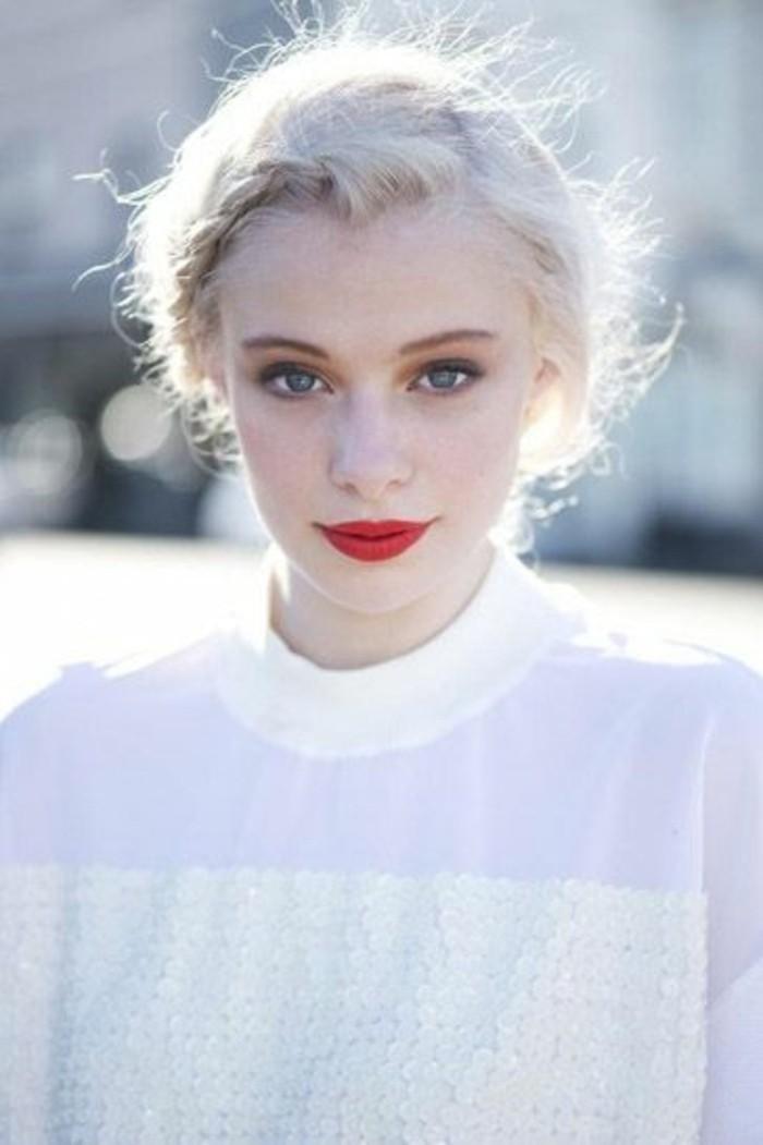 jolie-coiffure-avec-tresse-blond-froid